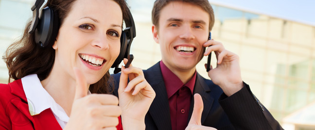 Male-customer-female-call-center-agent--thumbs-up--Open-Access-BPO